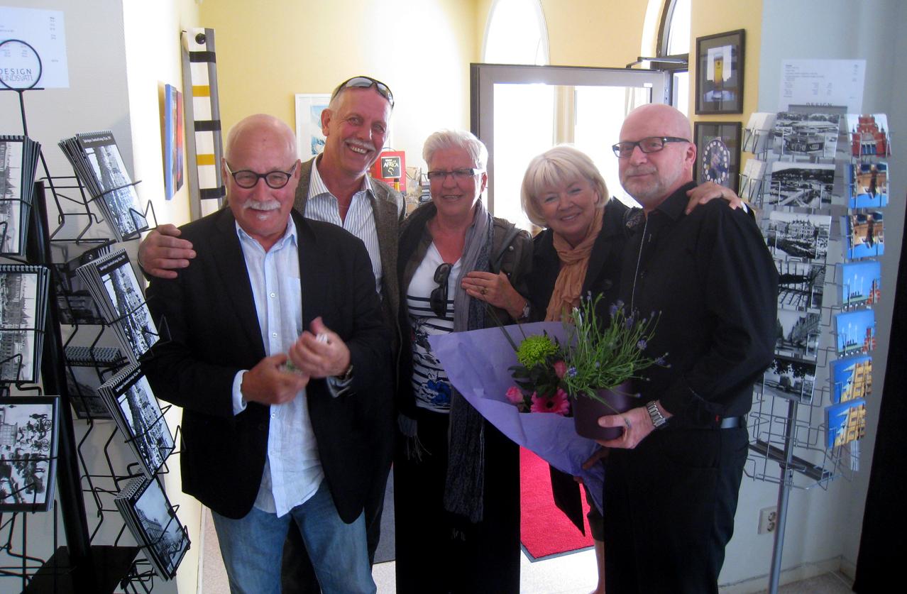 Några av alla gratulanter som min son Marcus hann fånga på bild. Janne, Lars-Erik, Kerstin och Eva.